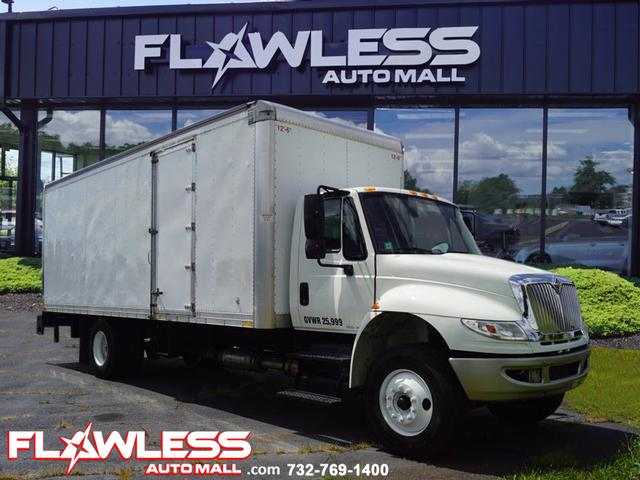 Pre-Owned 2015 Not Specified 4000 SERIES 430 conventional cab